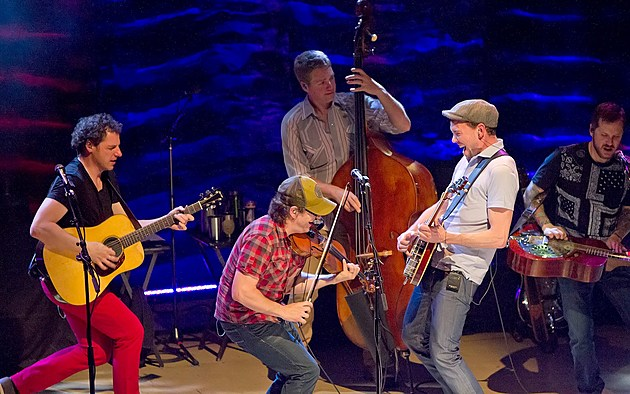 www.facebook.com/thestringdusters